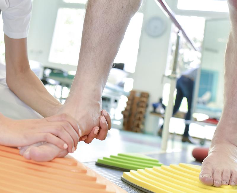 monika-keutgen-praxis-physiotherapie-vojta-ostheopathie-massage-krankengymnastik-pelm-bobaththerapie